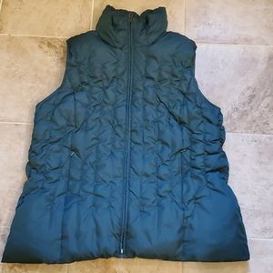 Lane Bryant down and feathers hunyer green vest
